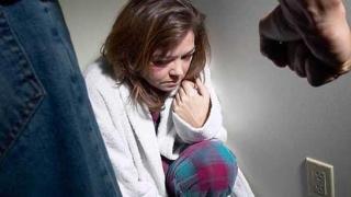 Ordin de protecție provizoriu, emis de polițiștii constănțeni într-un caz de violenţă conjugală
