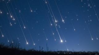 Ploaie de stele în noaptea de luni spre marţi