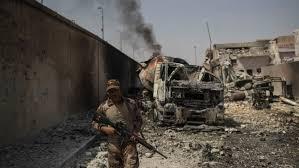 """Prim-ministrul irakian salută la Mosul victoria asupra """"brutalității"""""""