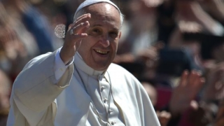 Patriarhia a anunţat data când Papa Francisc va vizita Catedrala Mântuirii Neamului
