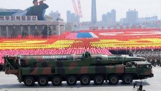 Coreea de Nord face paradă cu zeci de rachete balistice, înainte de JO
