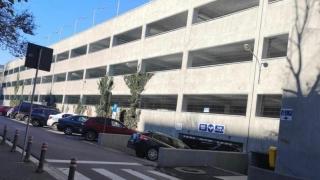 Sistem automat de taxare în parcarea supraetajată de lângă Spitalul Județean