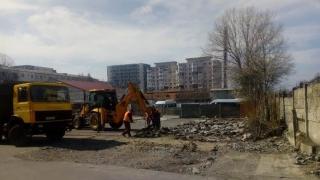 Primăria Constanța amenajează locuri de parcare pe strada Tulcei