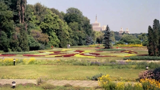 Cel mai mare parc din București se va numi Parcul Regele Mihai I! USR s-a opus