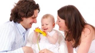 Important! Ambii părinți beneficiază de deduceri personale!