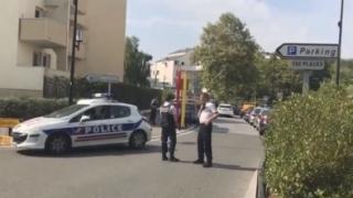 ATAC terorist la Paris: Un mort şi doi răniţi
