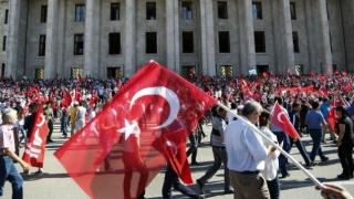Parlamentul Turciei, evacuat din cauza unei amenințări iminente la adresa securității