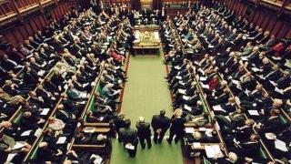 Parlamentul britanic a aprobat declanșarea Brexitului