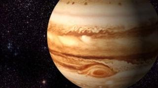"""Misterioasa pată întunecată de pe Jupiter și """"Noaptea înstelată"""" a lui Van Gogh"""