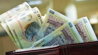Scad salariile pentru zeci de mii de bugetari!