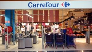 Sediile Carrefour, percheziționate în Franța