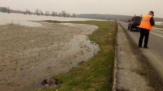 Pericol de inundație în Constanța! Restricții de circulație pe un drum județean!
