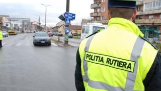Peste 1.300 de permise de conducere, reţinute de poliţişti de Florii