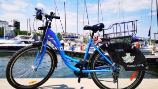 Peste 7.000 de constănţeni se plimbă cu bicicletele Primăriei