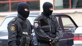 SENZAȚIE! 15 tone de articole pirotehnice confiscate, 36 amenzi aplicate