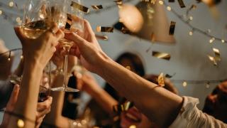 Petrecere de logodnă în Satul de Vacanță din Constanța, întreruptă de poliție