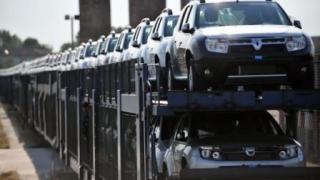 "Piața auto ""frânează"" ușor. Dacia, lider detașat"