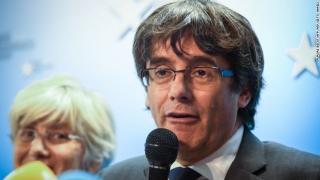 """Fostul lider catalan, """"pregătit să coopereze pe deplin"""" cu autoritățile belgiene"""