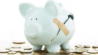 Atacul la pensii, cauzat de sărăcie. Sărăcia, cauzată de incompetență