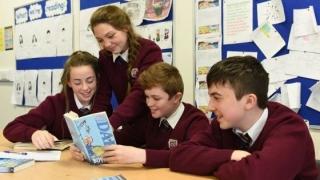 44% din elevii români nu înţeleg ce citesc!