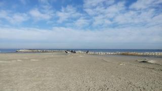 De ce au apărut denivelări pe plaja din Mamaia