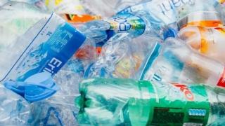 Alarmant! Devenim victimele plasticului!