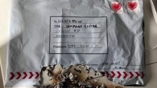 Pachete poștale cu explozibil, trimise la aeroporturile din Londra