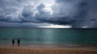 O luăm de la capăt: ANM a emis cod galben de ploaie  pentru sudul județului Constanța