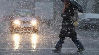 Vreme închisă! Ploi, lapoviţă şi ninsoare, în următoarele zile