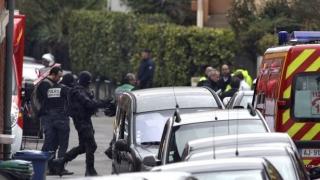 O maşină a intrat în mulţime, în apropierea unui liceu din Franța. Elevii au fost răniţi