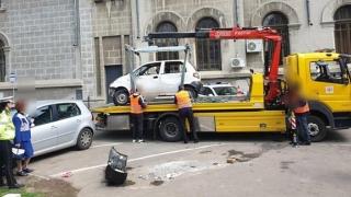 Poliția Locală continuă să ridice mașini abandonate!