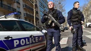 """Instaurarea stării de urgență """"nu este necesară"""" în Franța"""