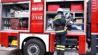 Acoperișul unei case din Eforie Nord a fost cuprins de flăcări