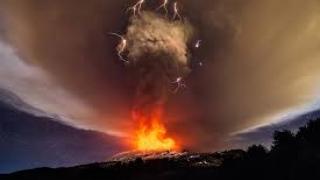 Popocatepetl scuipă foc a patra oară în doar 24 de ore