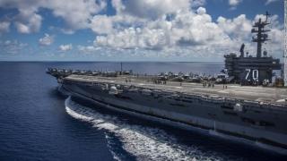 Vizită istorică a unui portavion american în Vietnam