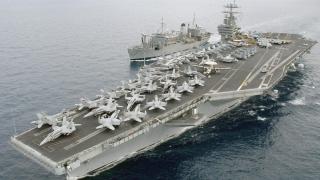 O dronă militară iraniană a survolat un portavion al SUA, în Golful Persic