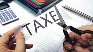 Poți beneficia de reducere la taxe și impozite! Vezi cum!