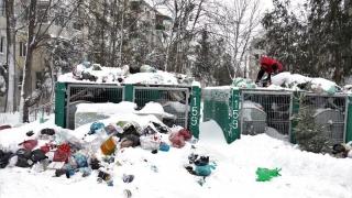 Deșeurile, colectate cu întârzieri. Ce spune Polaris