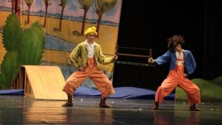 """Poznașii Max și Moritz, mesagerii veseliei la Teatrul """"Oleg Danovski"""""""