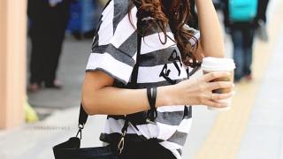 Românii preferă îmbrăcămintea când fac cumpărături de pe aplicațiile mobile