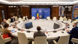 """Premierul Florin Cîţu: Nu sunt adeptul împărţirii în """"vaccinaţi"""" şi """"nevaccinaţi"""""""