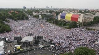 Presa străină nu prea a înţeles ce se întâmplă în România! Ce spun despre cel mai mare miting din istoria postdecembristă
