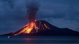 Europa, ameninţată de erupţia unui vulcan. Traficul aerian va intra în haos