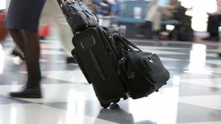 Primeşti bani dacă ţi se rătăceşte bagajul când călătoreşti cu avionul!