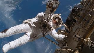 Primii astronauţi în spaţiu în cadrul zborurilor comerciale ale NASA mai au de aşteptat! Ce s-a întâmplat