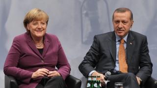 Recep Tayyip Erdogan va fi primit cu onoruri militare în Germania