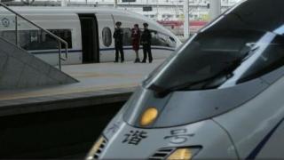 Vârf de lance în tehnologie: primul tramvai cu propulsie pe bază de hidrogen din lume