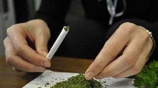 Persoane bănuite de trafic de droguri, depistate în stațiunile de pe litoral