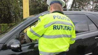 Prinși în neregulă de polițiștii de la Rutieră