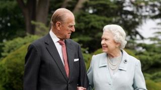 Prințul consort Philip al M. Britanii participă la ultimul său angajament public individual